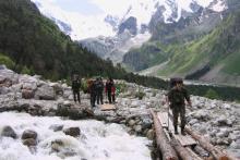 Одно из правил! В горных реках не купаться!