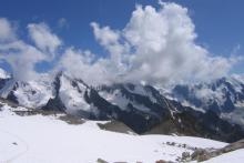 Вид с ледника Тютю в сторону Главного хребта